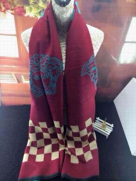 foulard classe pas cher 1f90b7b2147