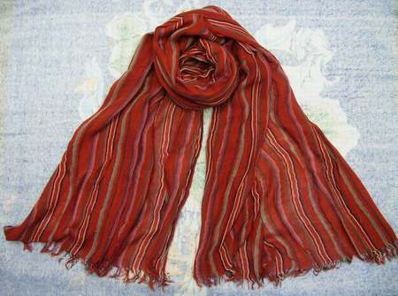 foulard liberty pas cher femme foulard escalator echarpe homme de marque pas cher. Black Bedroom Furniture Sets. Home Design Ideas